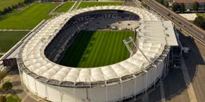 Stadium Toulouses 800 400